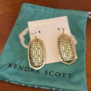 Kendra Scott Danielle gold filigree earrings!
